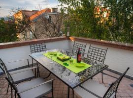 Hotel photo: Little Green Terrace