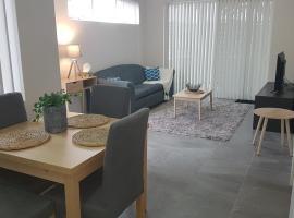 Photo de l'hôtel: Neat Modern Apartment Close to Airport, City.