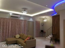Hotel Photo: HOMESTAY LOT-260 UTAMA PARK VILLA (phase 4), IJM