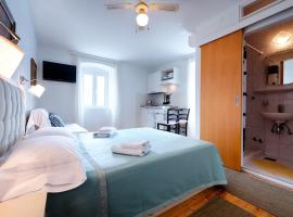 Photo de l'hôtel: Studio Komiza 2431d