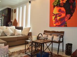 Hotel fotografie: Penthouse con Jacuzzi VIP Urbano Mexicano!