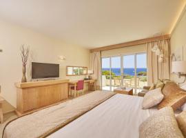 Hotel photo: Blau Privilege PortoPetro Beach Resort & Spa.