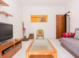 Hotel photo: Cosy apartment in Almada
