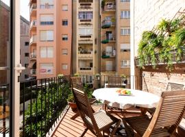 Hotel Foto: AB Gracia 5 bedroom apartment with Terrace