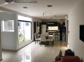 Hotelfotos: Amplia casa en CDE a pasos del centro
