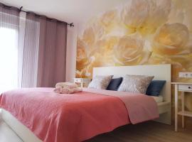 Hotel photo: Sunny Apartment in Valencia