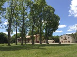 Hotel photo: Village vacances Chateau Moulerens