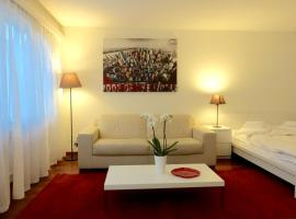 A picture of the hotel: Cosy Studio with portbale WIFI