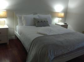 Hotel photo: Newly Renovated 2 Bed/Bath in Downtown UG parking