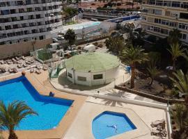 Hotel photo: Playa ingles 2
