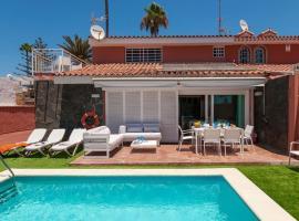酒店照片: San Agustin Villa Sleeps 10 Pool WiFi