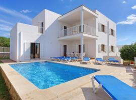 Hotel photo: Cala d'Or Villa Sleeps 11 Pool Air Con WiFi
