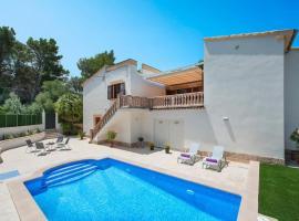 Hotel photo: es Mal Pas Villa Sleeps 6 Pool Air Con WiFi