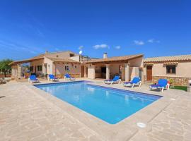 Hotel photo: Cala Mondrago Villa Sleeps 6 Pool Air Con WiFi