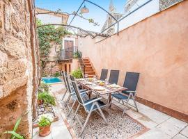 Фотографія готелю: Alcudia Villa Sleeps 6 Pool Air Con WiFi