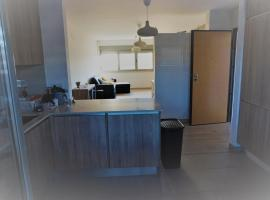 Hotel Photo: Apartamento T4 São Brás