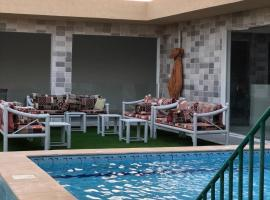 A picture of the hotel: شاليه فارس