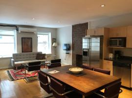 A picture of the hotel: Flatiron District Loft