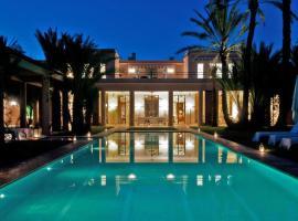 Hotel photo: Luxury Houses