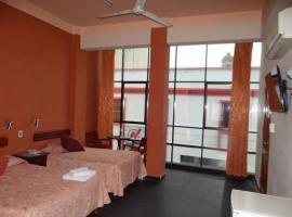 Hotel photo: Hostal Cristal