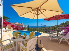 Hotel photo: Benissa Villa Sleeps 7 Pool WiFi
