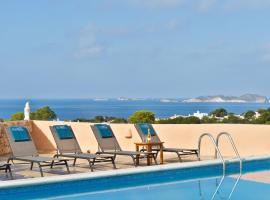 Hotel photo: San Jose Villa Sleeps 8 Pool Air Con WiFi