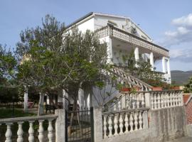 Hotel Photo: Apartment in Pridraga/Zadar Riviera 7998