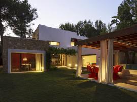 Hotel photo: Can Furnet Villa Sleeps 8 Pool Air Con WiFi