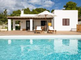 Фотография гостиницы: Cala Bassa Villa Sleeps 6 Pool Air Con WiFi