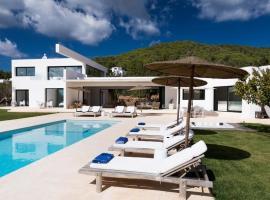 Hotel photo: Sant Joan de Labritja Villa Sleeps 8 Pool Air Con