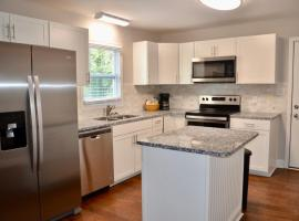 Fotos de Hotel: Luxurious 2br house in historic downtown concord