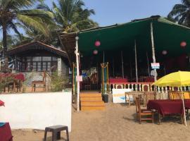Hotel Photo: Chrisha's Beach Resort, Anjuna
