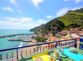 Hotel Photo: Cetara Apartment Sleeps 5 Air Con WiFi