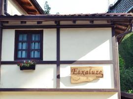 Hotel photo: Casa Rural Etxaluze