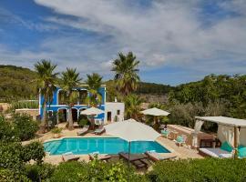 Hotel photo: Villa Can Coves