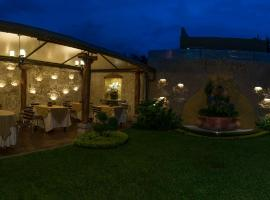 A picture of the hotel: Hostal Villa Toscana