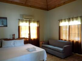 Hotel photo: Golden Sands Guest House