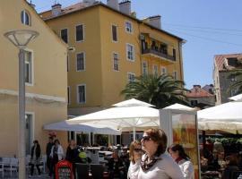 Hotel photo: Split Apartment Sleeps 4 Air Con WiFi