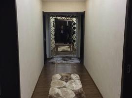 Hotel photo: Apartment on Gulyamova 38