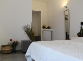 A picture of the hotel: casa per mar