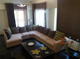 ホテル写真: Lina's cozy house near Acropolis & metro