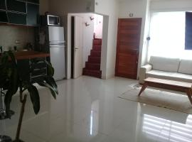 Hotel photo: Moderno departamento PH de 3 amb