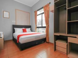 Foto do Hotel: RedDoorz near Manggarai Station 2