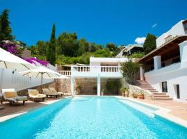 Hotel photo: house with 5 rooms in can furnet with wonderful sea view, private pool, enclo...