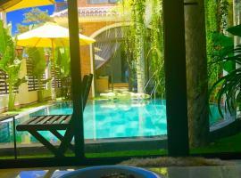 Hotel photo: LUXURY FLOWER Villa in Hoian