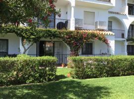 A picture of the hotel: Casa Miel Apartment, Calle Geranio