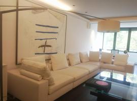 A picture of the hotel: Maravilloso piso de lujo. Moderno, nuevo y amplio