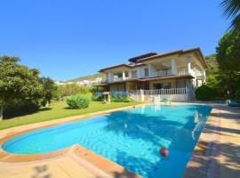 Hotel Photo: Bodrum Gulluk 3 Bedroom Holiday Homes