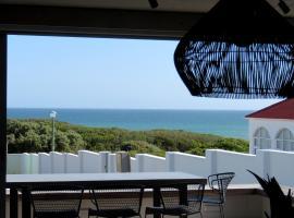 Hotel photo: Troon Beach Cottage Hermanus