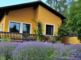 Hotel photo: Sulamith Ferienhaus mit Garten